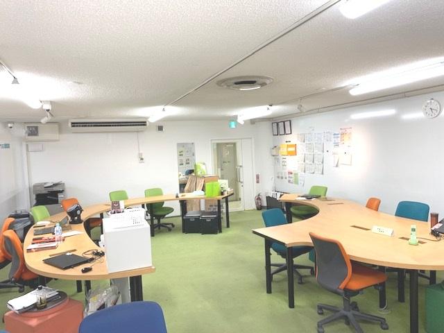 LITALICOワークス大阪なんばの座席